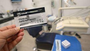 Arrancan los test de antígenos en farmacias y clínicas dentales: ¿están preparadas?