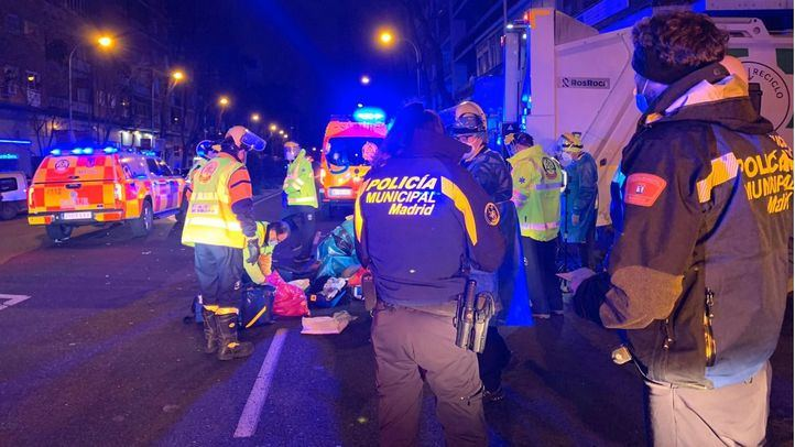 El choque entre una moto y un camión se salda con un fallecido