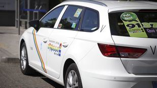 El ladrón de una cafetería, arrestado por un policía a bordo de un taxi