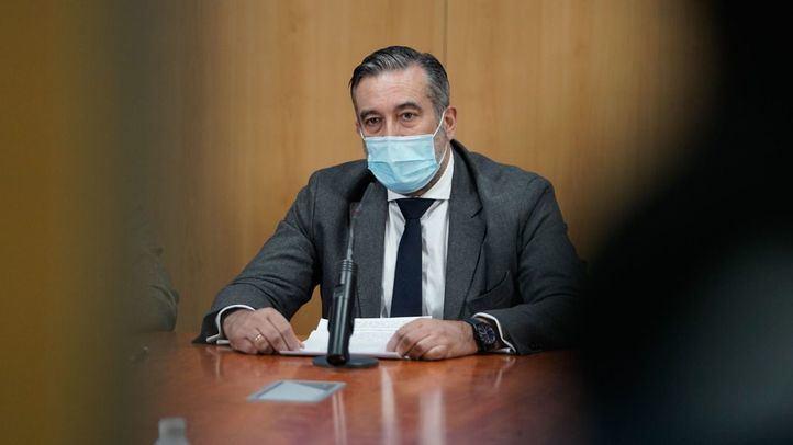 Enrique López facilitó que el abogado del PP se reuniera con un empresario que hacía de enlace con Bárcenas