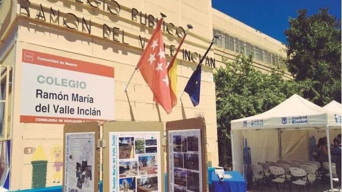 El colegio Valle Inclán, en San Blas, reabre el lunes tras un mes cerrado por Filomena