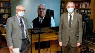 Emilio Bouza, Esteban Rodríguez y Vicente Larraga