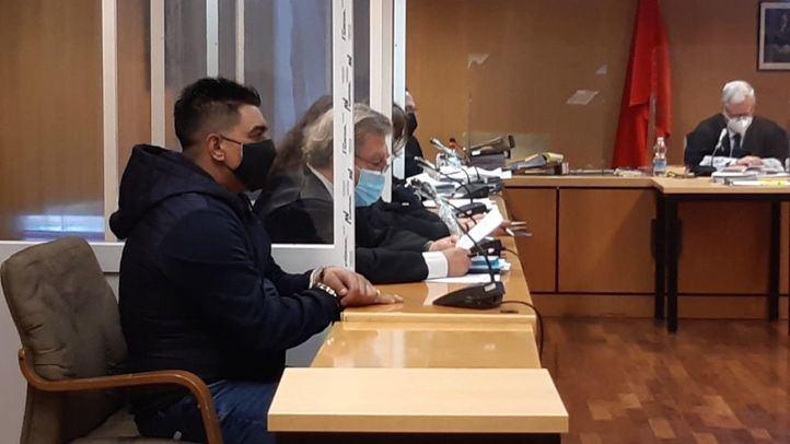 Un hombre, en el juicio por atropellar a su mujer: 'Llevaba dos días de fiesta'