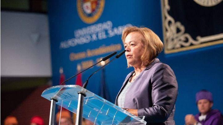 Rosa Menéndez, presidenta del CSIC, premio Clara Campoamor