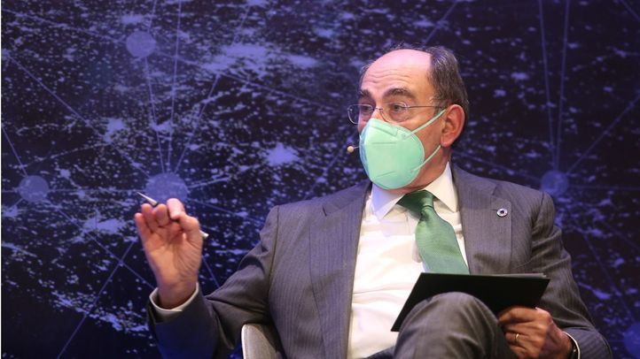 Ignacio Galán llama a forjar un ecosistema empresarial e industrial para aprovechar el potencial del país