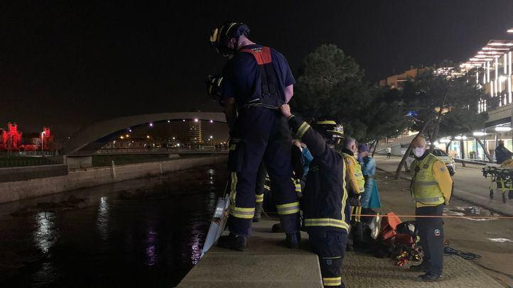 Un hombre, rescatado tras caer al río Manzanares