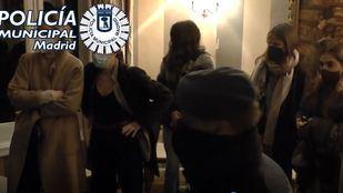 16 personas fueron desalojadas de un restaurante en el que se celebraba una fiesta en Chamberí