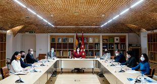 Reunión mantenida entre la presidenta regional y los portavoces parlamentarios sobre los fondos europeos