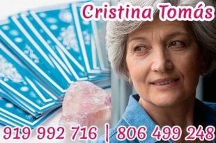 Tarot de Cristina Tomás – Vidente Cristina y tarotista muy buena y fiable de verdad por teléfono