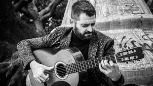 El guitarrista José Almarcha presenta 'Alejandra', su disco