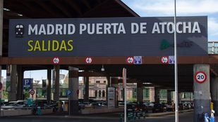 Unos mil trabajadores de las estaciones de Atocha y Chamartín podrán acceder cada semana a test de antígenos