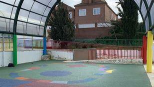 Arroyomolinos concluye los trabajos de remodelación del patio del CEIP El Torreón