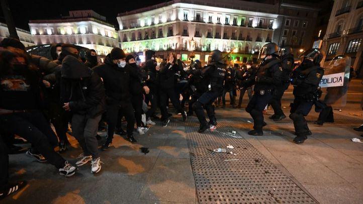 Todos los grupos del Ayuntamiento condenan los disturbios en Sol por Hasel