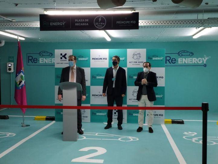 El centro comercial de Príncipe Pío estrena 19 puntos de recarga de vehículos eléctricos
