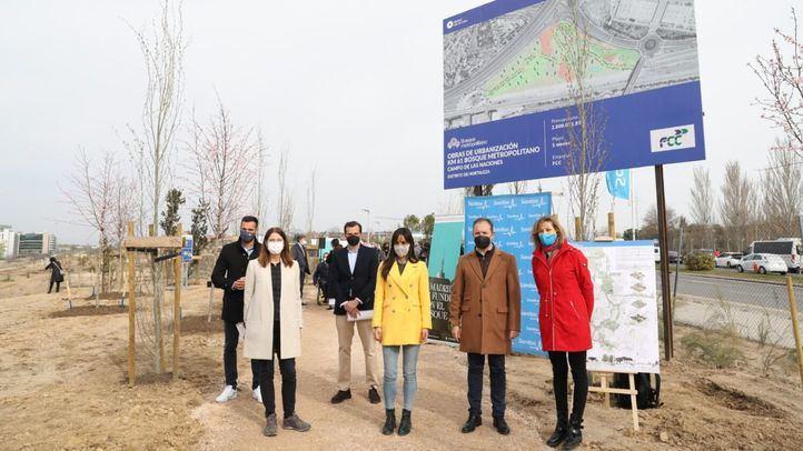 Plantados los primeros árboles donados para poblar el Bosque Metropolitano