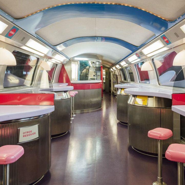 Llega a Atocha el primer tren Ouigo que estrenará la liberalización ferroviaria en España