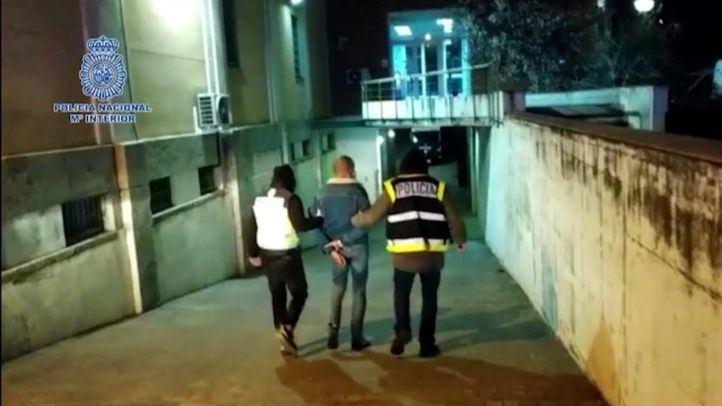 Dos detenidos por la agresión a una policía en los disturbios de Madrid por Pablo Hasel