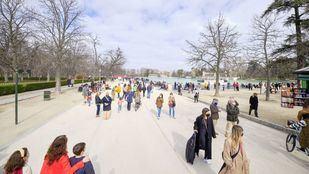 Primer domingo de apertura del Parque de El Retiro tras el cierre por la borrasca Filomena