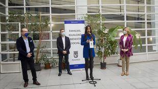 La vicealcaldesa, Begoña Villacís, presenta el refuerzo de Servicios Sociales para 2021, junto a los delegados Pepe Aniorte y Engracia Hidalgo y el concejal de Centro José Fernández.