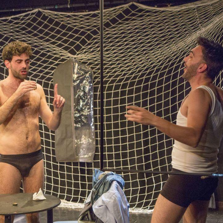 Reposiciones teatrales: 'Pánico' y 'Here comes your man'
