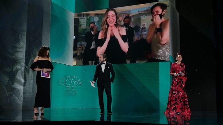 'Las Niñas' gana como Mejor Película, iguala a 'Adú' con 4 premios y 'Akelarre' logra 5 técnicos
