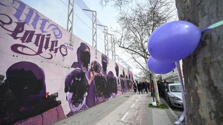 El mural feminista de Ciudad Lineal amanece vandalizado