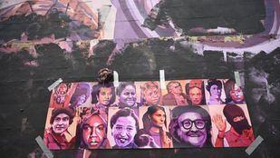 El mural feminista de Ciudad Lineal, vandalizado el 8M.