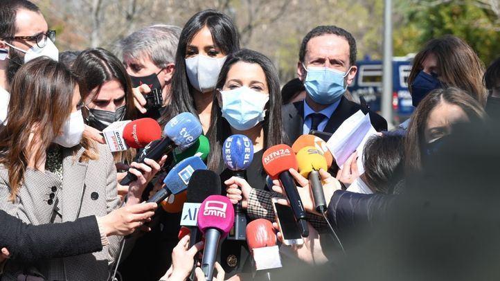 Arrimadas le dijo a Casado que Cs solo impulsaría moción de censura en Murcia