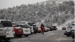 Los aparcamientos de Navacerrada, Cotos y La Pedriza, completos desde esta mañana