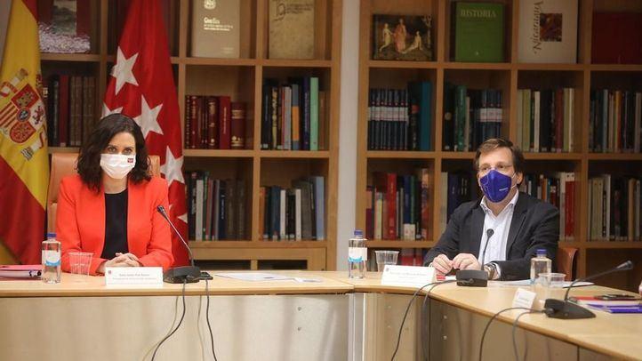 José Luis Martínez-Almeida participa en la reunión del Platercam con la presidenta regional, Isabel Díaz Ayuso.