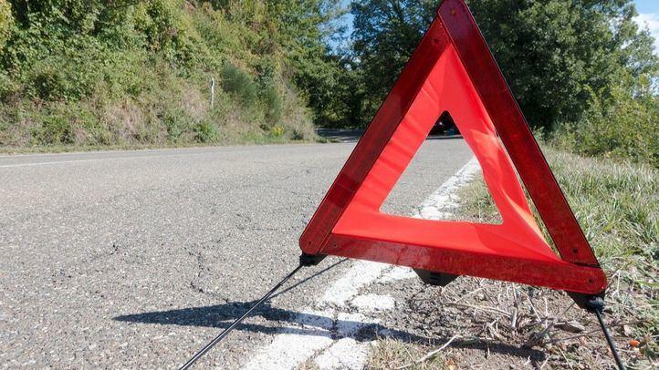 El Gobierno aprueba sustituir los triángulos de emergencia en carretera por una luz amarilla