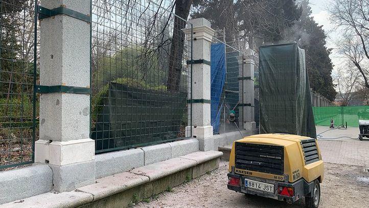 """La restauración de la verja, los fontines y el emparrado del Botánico abren """"un nuevo horizonte"""""""