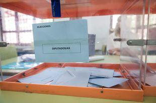 La Comunidad establece medidas de seguridad e higiene contra el Covid-19 para la jornada electoral