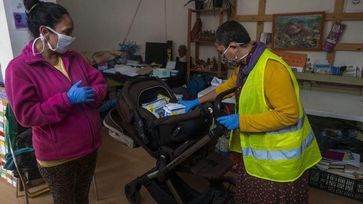 Voluntaria en una asociación de ayuda a personas sin recursos