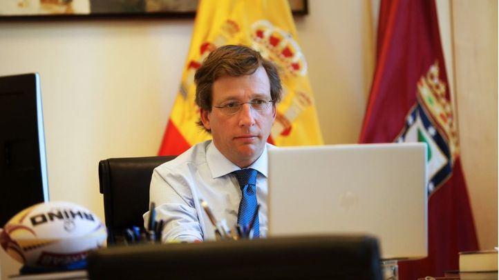 Almeida y otros nueve alcaldes piden a Montero definir el reparto de fondos europeos