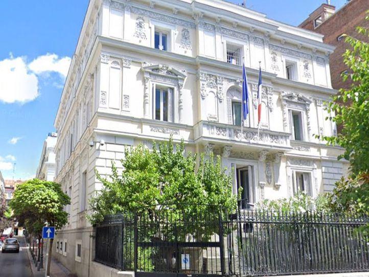 La Embajada de Francia responde a las críticas sobre el turismo de borrachera de los franceses en Madrid