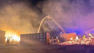 Extinguido un incendio en una planta de reciclaje de Cubas de la Sagra