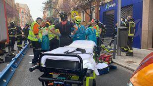 Un motorista herido muy grave tras colisionar con un vehículo en Madrid