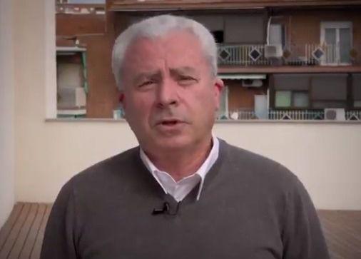 Iglesias 'ficha' para su candidatura al veterano taxista Cecilio González