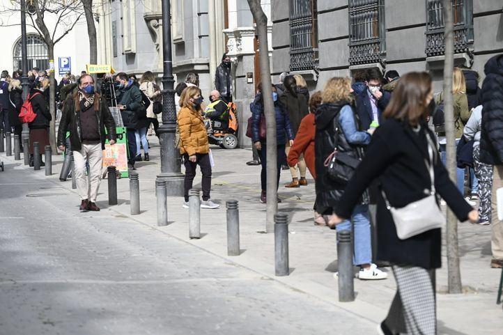 El Ayuntamiento realizará cortes de tráfico en zonas próximas a iglesias en los distritos de Centro y Salamanca