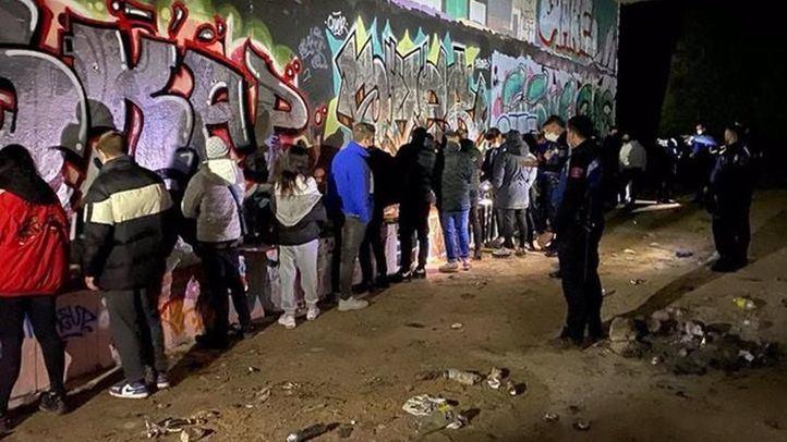 Denunciados 19 jóvenes por participar en una 'rave' en un pasadizo subterráneo de la M-40