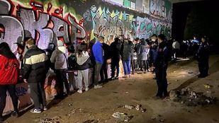 'Rave' con 19 jóvenes en un pasadizo subterráneo de la M-40