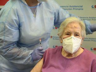 Vacunación a mayores de 80 años