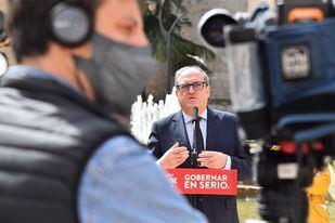 Gabilondo reclama al Gobierno que no suspenda la vacunación de mayores y grandes dependientes durante la Semana Santa