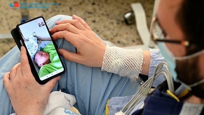 Recibe un trasplante cardíaco en el Gregorio Marañón el día que nace allí su primer hijo