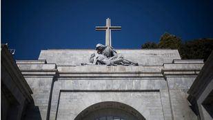 El Gobierno solicita la licencia de obras para exhumar a las víctimas enterradas en el Valle de los Caídos