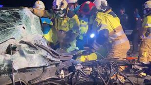 Tres ladrones heridos y detenidos tras un accidente en una persecución policial