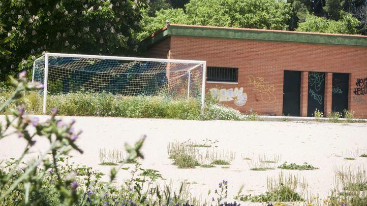 El campo de fútbol de tierra del C.F San Fermín se reformará este año