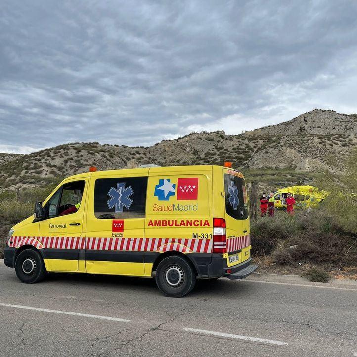 Fallece aplastado por el coche que estaba reparando en Aranjuez