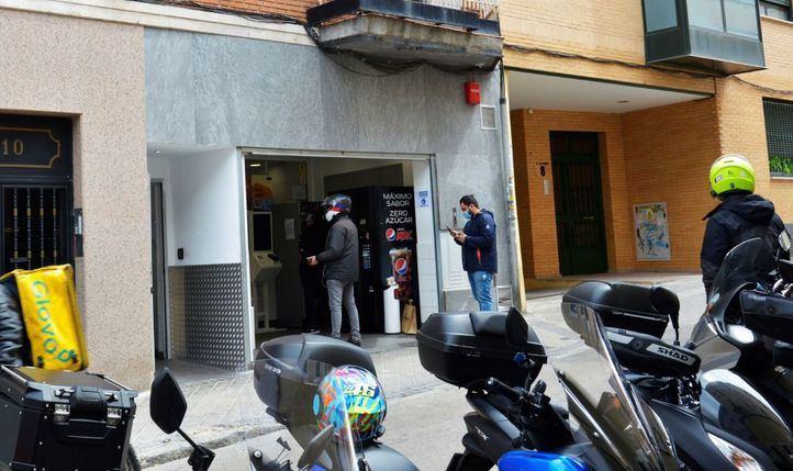 Multicocina fantasma en la calle José Calvo.